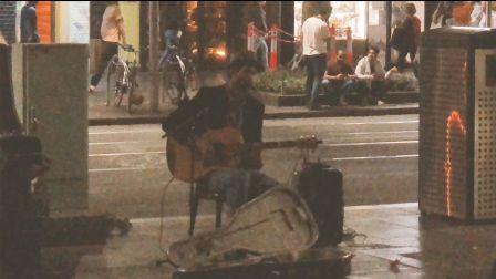 世界文化之都墨尔本 の 街头表演 帅气欧美小哥 街头演唱 惊艳路人
