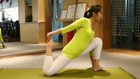 晨起3分钟瑜伽体式! 适合梨型身材大腿肥胖者, 坚持练习效果更佳