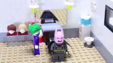 乐高DC玩具故事。蝙蝠侠和喜欢恶作剧的小丑