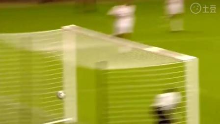足球最帅气的射门, 必须是最疯狂的倒钩破门