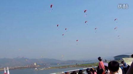 2011莱芜国际航空节—动力伞编队通场