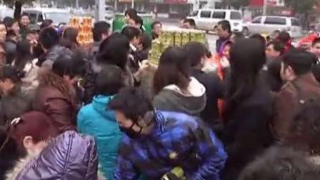 [拍客]20130201陈光标南京街头售卖新鲜空气