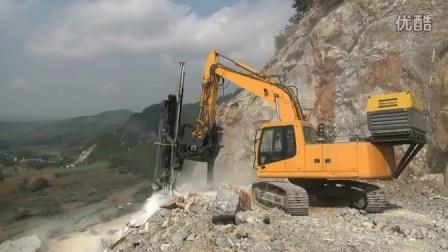 恒日重工W89-A全液压凿岩钻机石场工作实况