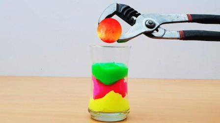 把烧红的铁球扔到水晶泥里, 会发生什么事?