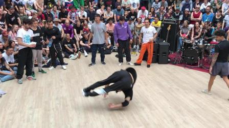 bboy浩然 2018 俄罗斯街舞比赛 中国选手