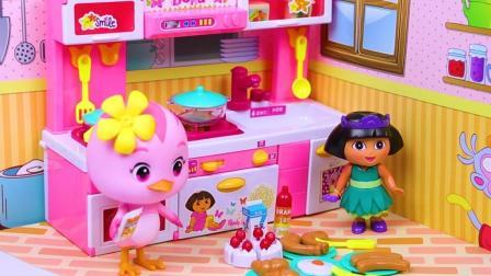 萌鸡小队朵朵和朵拉在厨房里做饭过家家玩具