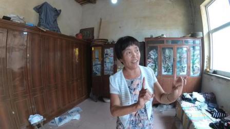自学成才的农村阿姨, 在家给我们唱起乱弹了
