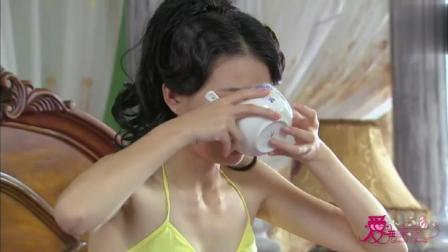 爱在春天: 徐璐实在甜美可爱, 特别是早上吃完早餐时舔了一下嘴