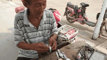 农村集市上的修表大爷技术太好了, 一天能挣多少钱?