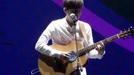 音乐叙事者, 让你在他温和的歌声里透彻了自己的人生