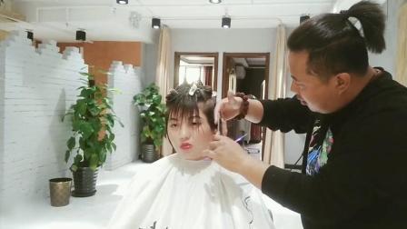 别再说圆脸女生不适合短发, 那是没遇到好的发型师