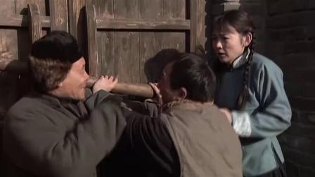《川军团血战到底》 04 逃兵抢夺老百姓 川军正义伸援手