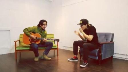 【一只口琴和一把吉他媲美整个乐队】