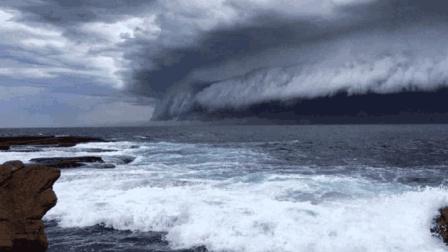 """世界最强""""魔鬼海啸"""", 巨浪高达524米, 幸存者至今仍感到恐惧?"""