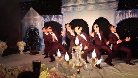 贵阳一哥们结婚把现场弄得像舞蹈大会, 感动哭了新娘