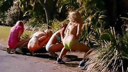 """爆笑演唱: 吐槽国庆堵车憋尿的妹子们, 关键时刻要能玩""""绝地求生"""""""