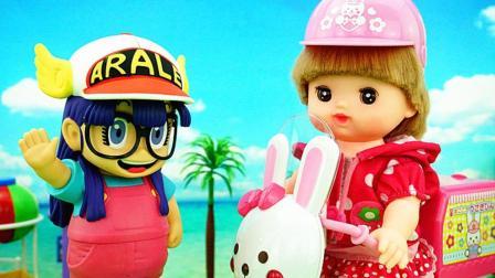 机器娃娃阿拉蕾咪露妹妹喝咖啡吃面包过家家儿童玩具故事