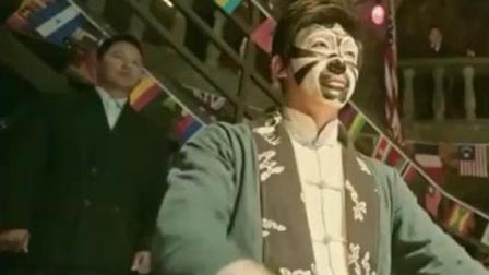 西洋高手看不起中国功夫, 不料却被唱戏小伙分分钟打趴, 真打脸!