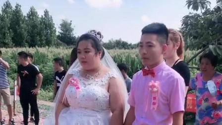 温州老板的女儿回乡举办婚礼, 两个人很般配, 福一下这对新人百年好合