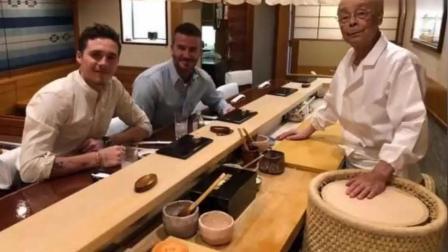 贝克汉姆与儿子大布同游东京 造型太帅了 不要这么撩人好不好!