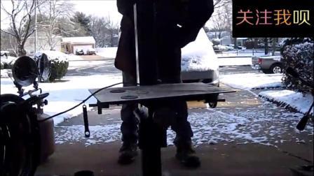 实拍牛人自制一台可升降铣床机, 高手果然在民间!