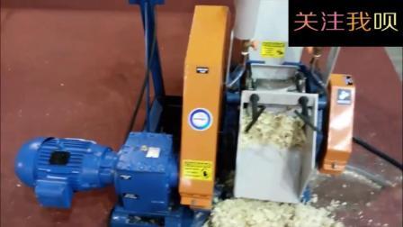 农民最新发明的甘蔗榨汁机, 简单暴力, 非常好用!