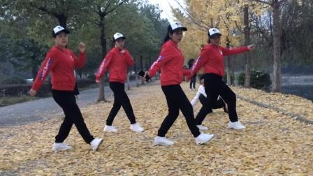 简单8步鬼步舞, 适合刚学舞的人, 4人齐舞默契十足!