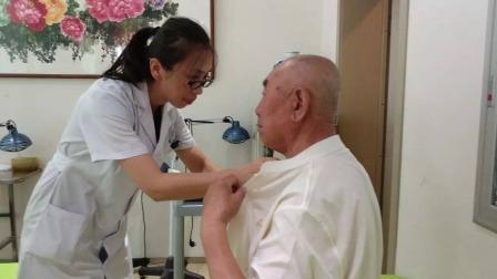 他咳嗽哮喘几十年,遇冷空气加重,找到病因后他带全家组团来看病