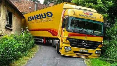 惊人的重型卡车驾驶技巧, 收放自如, 真厉害