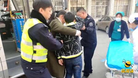 湖北襄阳少年陷入昏迷 求助公交车秒变救护车紧急送医