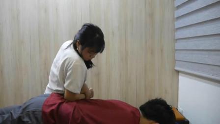 越南式按摩手法, 舒展腰部, 很舒适!