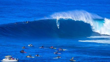国外小伙们挑战五米巨浪, 真佩服他们的胆量, 看完好刺激
