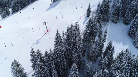 航拍滑雪攀岩