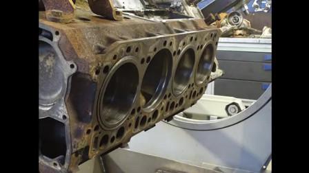 国外修理厂修复一台奔驰V8发动机