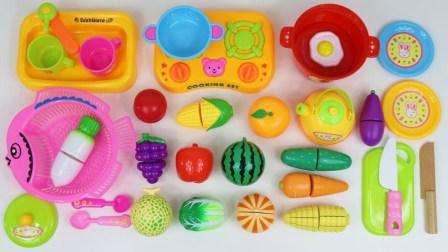 学习水果和蔬菜的名称 玩具沙拉和玩具水果