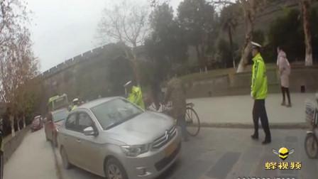 湖北荆州 瓮城内抓住酒司机 竟是驾校教练