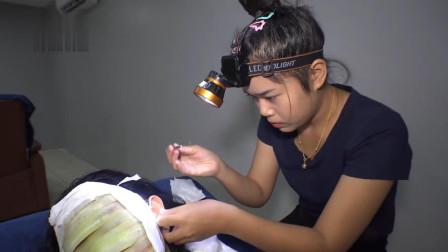 美女专程去越南体验采耳, 服务太周到了, 这手法一看就很专业