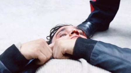 小伙去银行讨钱, 却被意外打死, 他太天真了