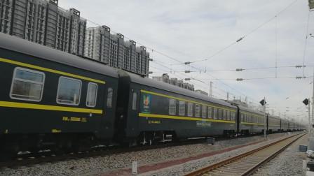 25T版T5687次首发(Z118套跑)通过水南庄道口