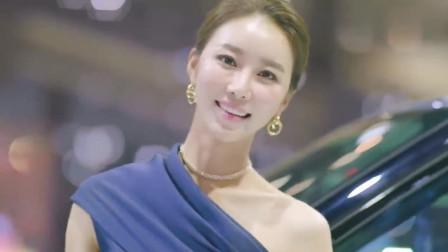 韩国釜山国际汽车展, 这位气质出众的车模小姐姐, 大家给打几分?
