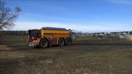 超大型农场注水机, 比手动浇水快多了, 农民的好帮手