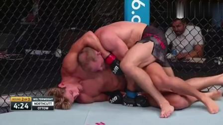美国拳王断头台翻滚欲拧断脖子, 赛奇一拳击倒猛砸耳根大获全胜