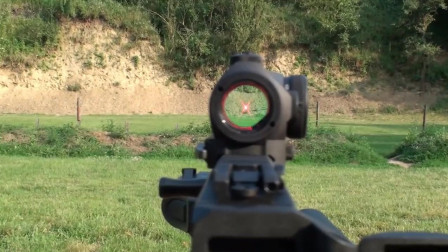 APC9冲锋枪很酷啊!