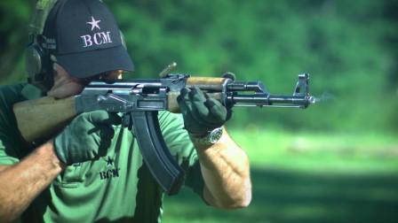 慢镜头带你听一下AK47的退弹声
