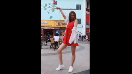 不吹牛,表妹这妙曼的舞姿也就看了20遍!