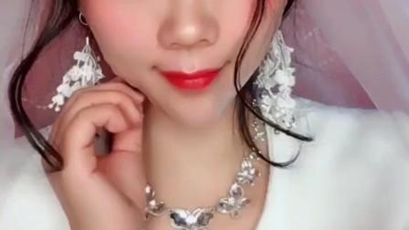 婚礼结束了,新娘子赶紧卸妆后秒变丑女,论化妆的重要性!