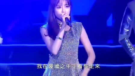 网红美女歌手兔子牙演唱《一千年以后》现场版,颜值与实力并存!