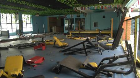 湖北随州:会费打水漂?健身俱乐部器材一夜消失
