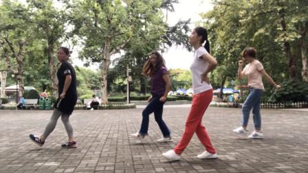 鬼步舞花式奔跑之《足跟奔跑教学》,会奔跑的朋友,一看就会跳!