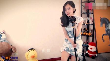 旗袍小姐姐翻唱《浪子回头》经典闽南语歌曲太好听了!画面太美